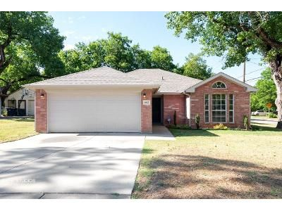 3 Bed 2 Bath Foreclosure Property in Fort Worth, TX 76112 - Beaty St