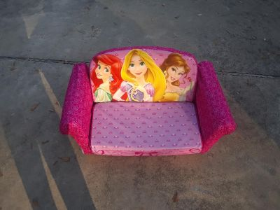 princess child couch