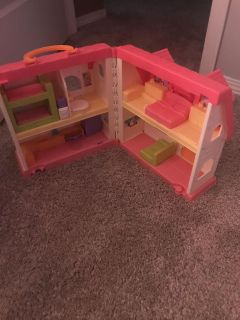 Little people doll house