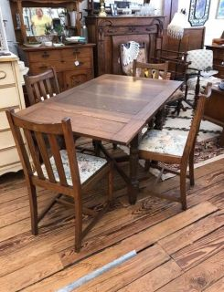 Antique Draw Leaf table w/ 4 chairs
