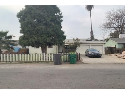 Preforeclosure Property in Tulare, CA 93274 - Road 130 # 130