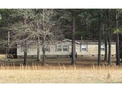 3 Bed 2 Bath Foreclosure Property in Hamilton, MS 39746 - Pickle Rd