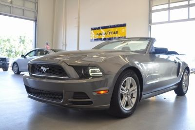 2014 Ford Mustang V6 (Sterling Gray Metallic)