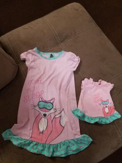 So cute! Mommy & Me Nightgown Size 5/6