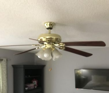 VGUC 52 Inch 5 light Ceiling Fan PPU ONLY NO HOLDS, FIRST SOLD HAS IT