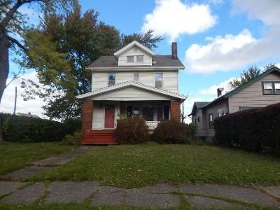 3 Bed 1.0 Bath Preforeclosure Property in Cleveland, OH 44125 - Plymouth Ave