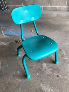 6 children s chairs preschool/daycare size