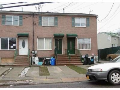 3 Bed 1.5 Bath Foreclosure Property in Staten Island, NY 10302 - Nicholas Ave