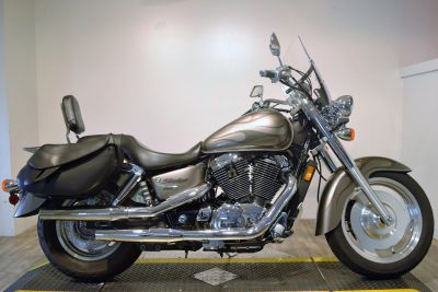 2006 Honda Shadow Sabre Cruiser Motorcycles Wauconda, IL
