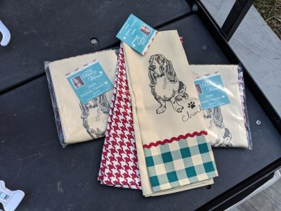 The Pioneer Woman 3 sets of 2 kitchen towels. New w/tags