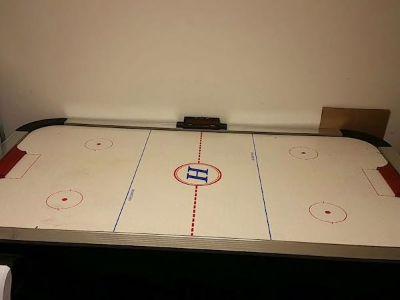 Harvard 6 foot Air Hockey Table