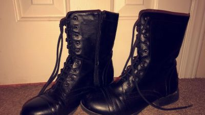Woman s combat boots
