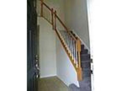 BEAUTIFUL 3 LEVEL TOWNHOME - RealBiz360 Virtual Tour