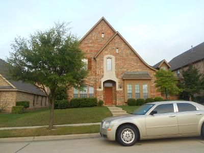 5 Bed 2.5 Bath Preforeclosure Property in Red Oak, TX 75154 - Paisley Ln