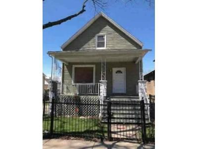 4 Bed 2 Bath Foreclosure Property in Chicago, IL 60617 - S Saginaw Ave