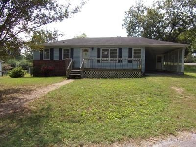 3 Bed 1.5 Bath Foreclosure Property in Rossville, GA 30741 - Park Dr