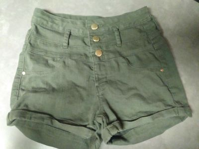 ARMY GREEN HIGH-WAISTED JEAN SHORTS