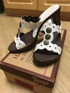 Handmade leather sandals size 6