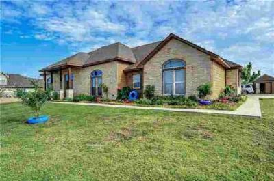 765 Schneider Road Sherman, Beautiful custom country home on