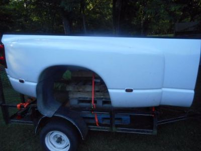 Find 2003-2009 Dodge 3500 Dually 8' Take Off Truck Bed,. White motorcycle in Manchester, Tennessee, United States, for US $1,395.00