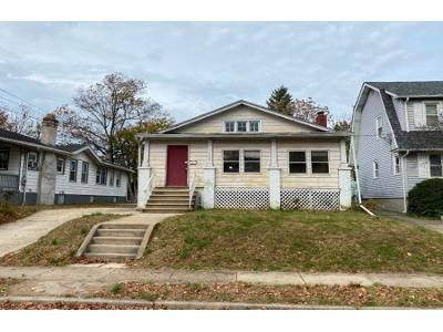 3 Bed 1.5 Bath Foreclosure Property in Oaklyn, NJ 08107 - Elm Ave