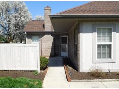 2 Bed 2 Bath Preforeclosure Property in Westerville, OH 43082 - Pointe Pl