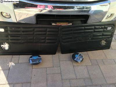 '60 Ghia door panels and speakers