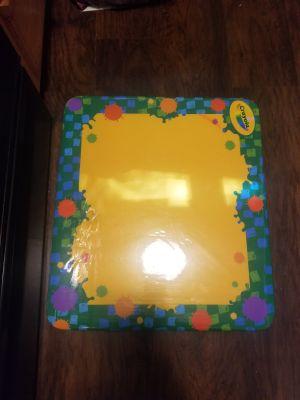 Small Crayola Table