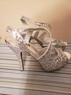 Silver Glitter Formal Shoes- Size 7