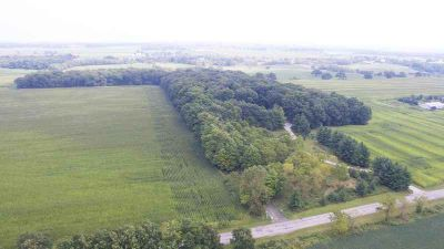 Lt2 Townline Rd Spring Prairie, Private 5.3 acre wooded lot