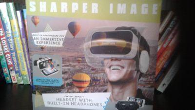 Sharper Image VR headset w/ built-in headphones