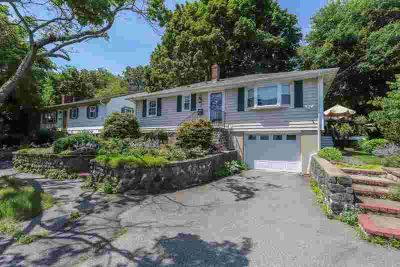 4 Francis Rd SALEM Three BR, Have you been dreaming of a home in