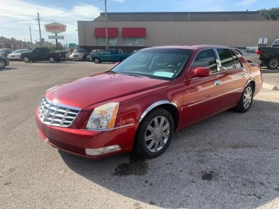 2006 Cadillac DTS Luxury I (Red)