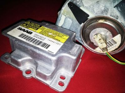 Sell 01 SAAB 9-5 AIR BAG MODULE OEM 05014212 W/ PASSENGER AIR BAG OEM 15512909020793 motorcycle in Auburndale, Florida, United States, for US $69.99