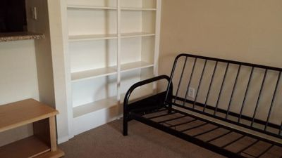 $375, Front room for rent