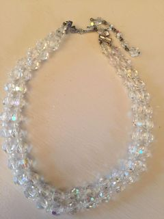 Nice vintage necklace (missing stones in clasp)
