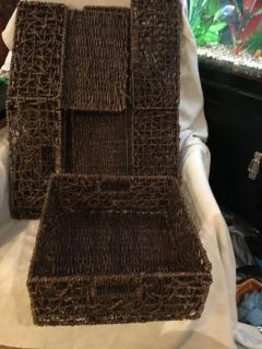 """4-Collapsible Wicker Baskets. Has wire frames to be more steady. 12.5""""x12.5""""x5.25"""". Great for storage, displays, etc. Above Landa Park."""