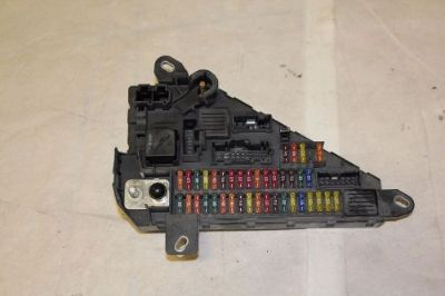 Sell BMW E60 E61 525 535 550 M5 Trunk Rear Fuse Box Relay Panel Power Distribution motorcycle in Traverse City, Michigan, United States, for US $65.00