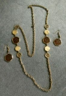 "Sarah Coventry's ""TASTE OF HONEY"" Vintage Chain Necklace and Matching Dangle Earrings set"