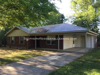 Single-family home Rental - 21846 Mahan Dr