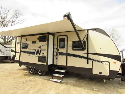 2019 Winnebago Minnie Plus 27RBDS