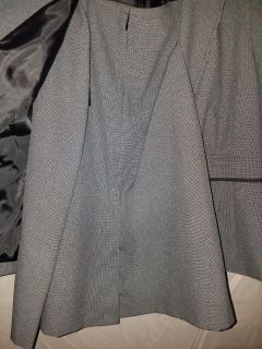 NWT Le Suit skirt and blazer