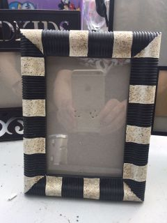 Cool Black and White Picture Frame