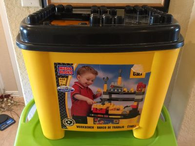 Child's Plastic Storage Tote with Lid