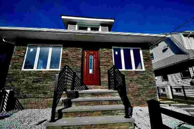 346 Little St BELLEVILLE Three BR, wow! totally renovated custom