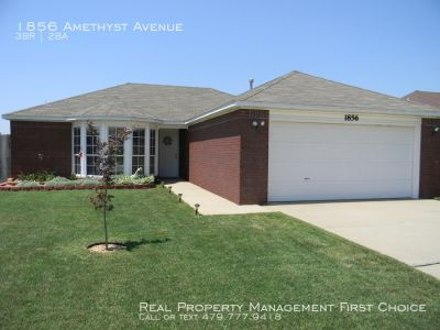 Beautiful House for Rent in Springdale!