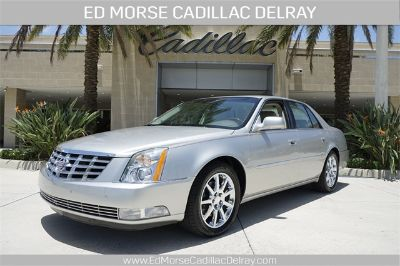 2006 Cadillac DTS Performance (Light Platinum)