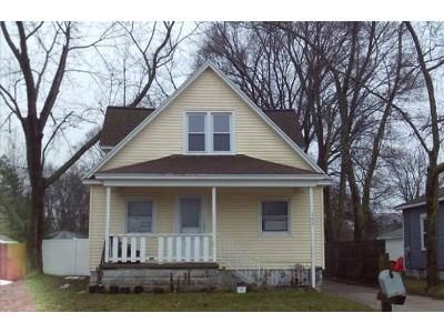 3 Bed 2 Bath Foreclosure Property in Holland, MI 49423 - W 20th St