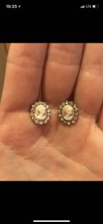 EARRING LOT (please see all photos)