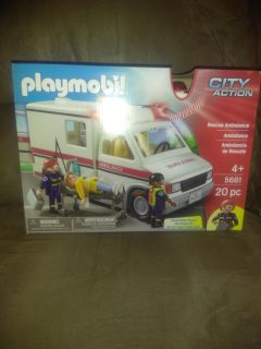 Playmobil City Action Rescue Ambulance